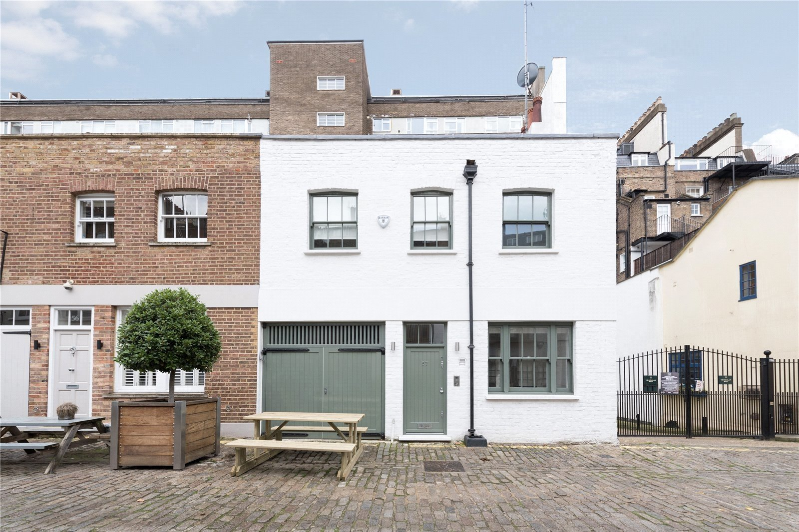Bathurst Mews, Paddington, London, W2