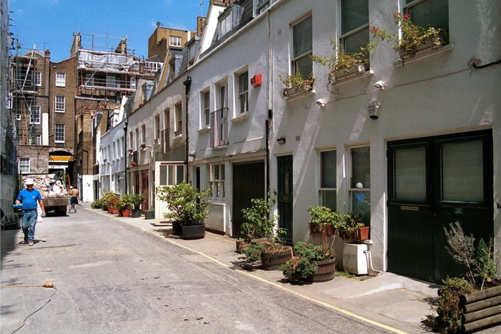 Brook Mews North, Bayswater, London, W2-1