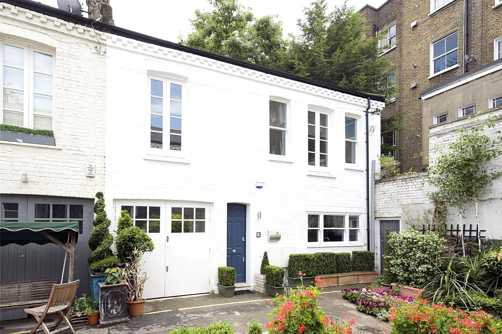 Codrington Mews, Notting Hill, London, W11-6