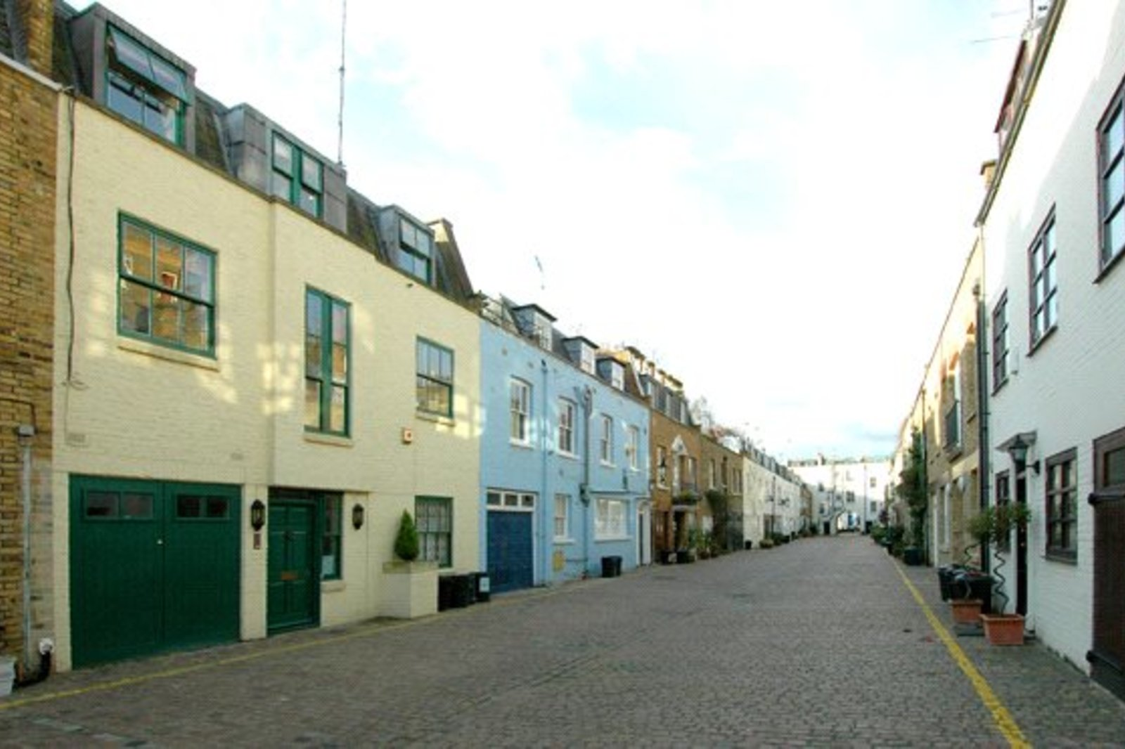 Coleherne Mews, South Kensington, London, SW10-1