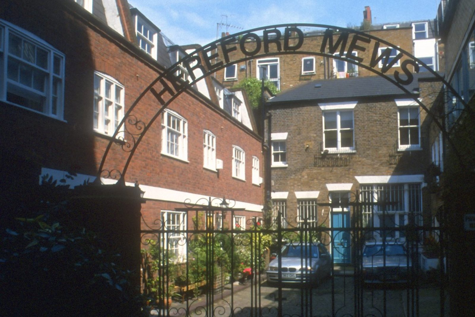 Hereford Mews, Notting Hill, London, W2