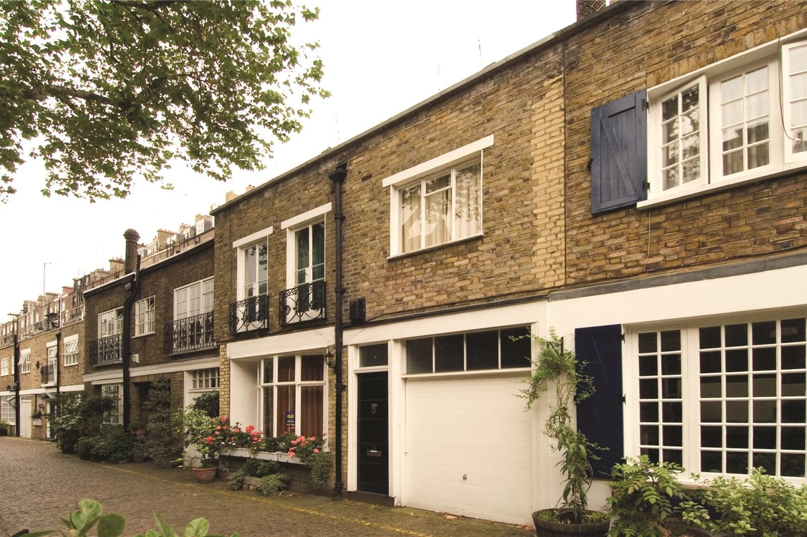 Kynance Mews, South Kensington, London, SW7-5