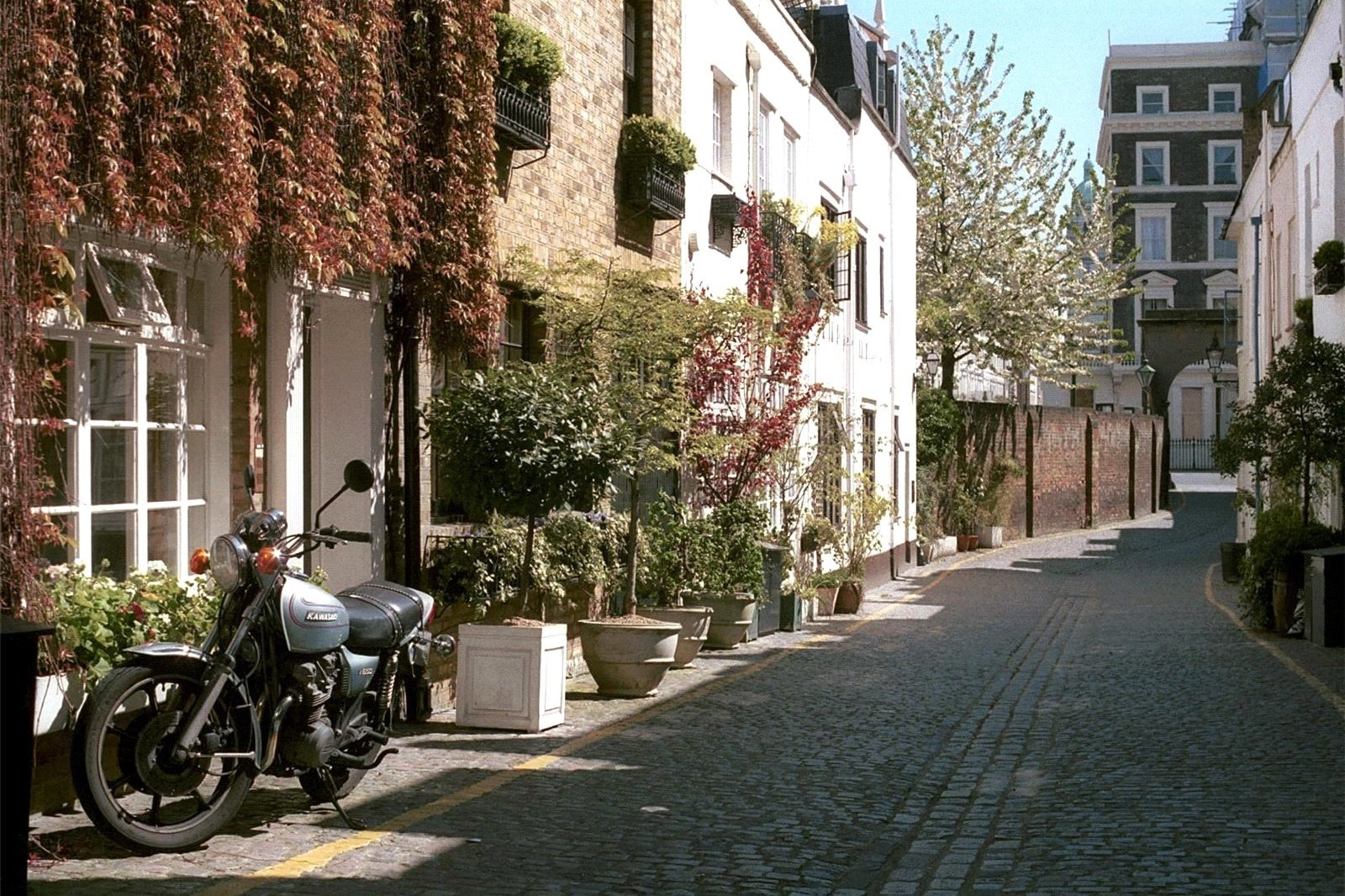 Kynance Mews, South Kensington, London, SW7-10
