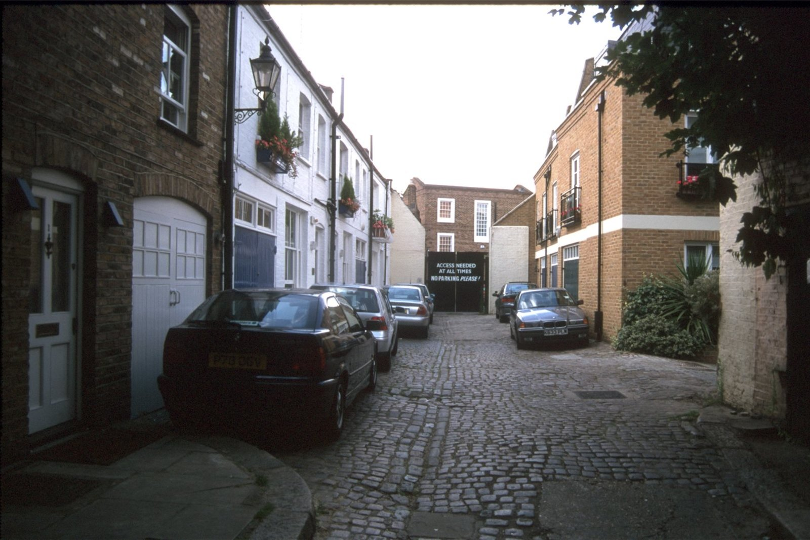 Ledbury Mews West, Notting Hill, London, W11-1