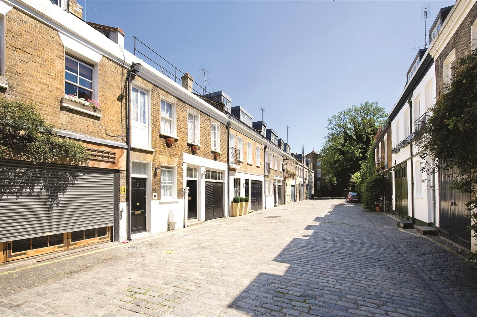 Pindock Mews, Maida Vale, London, W9-1