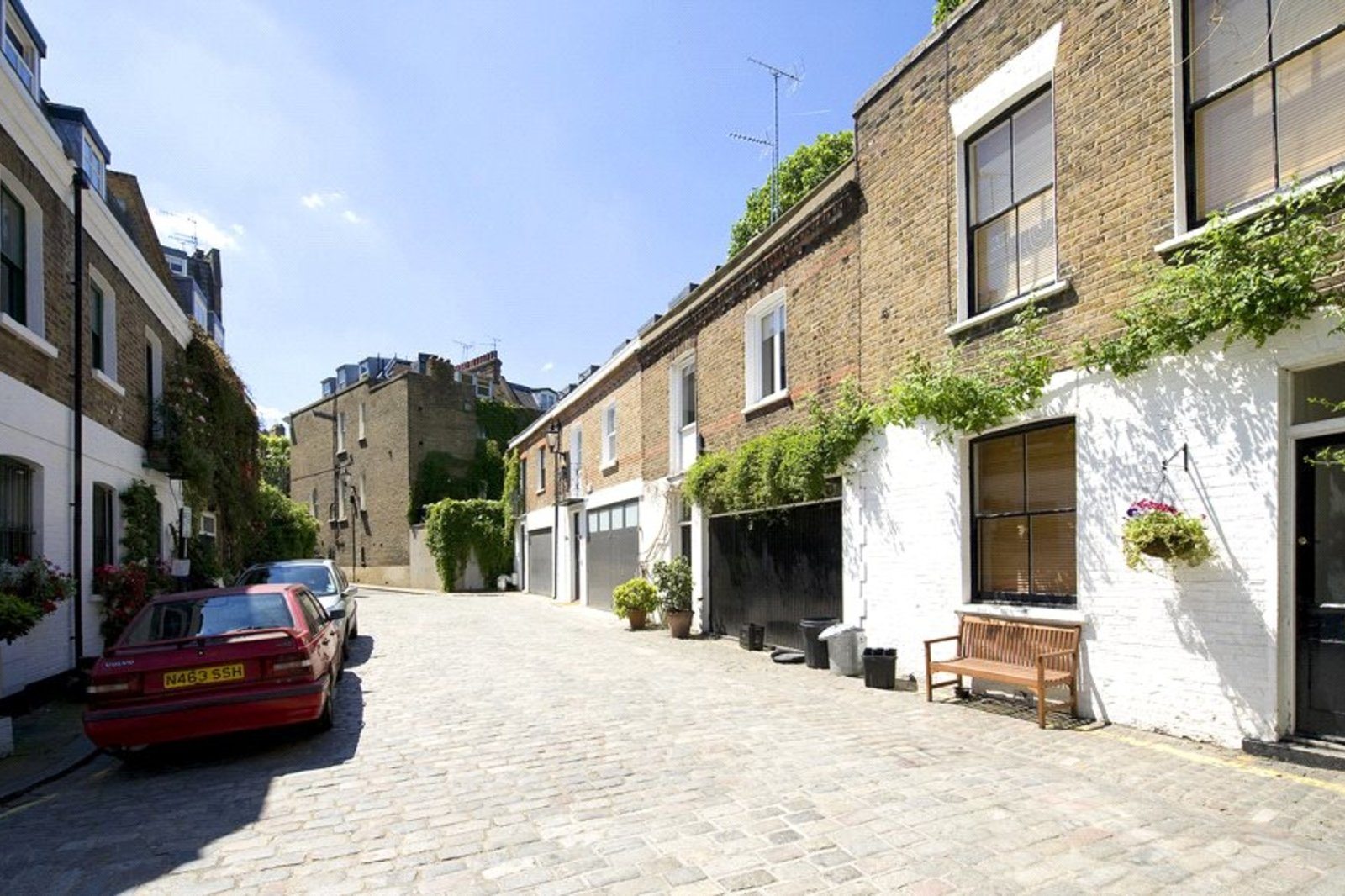 Pindock Mews, Maida Vale, London, W9-3
