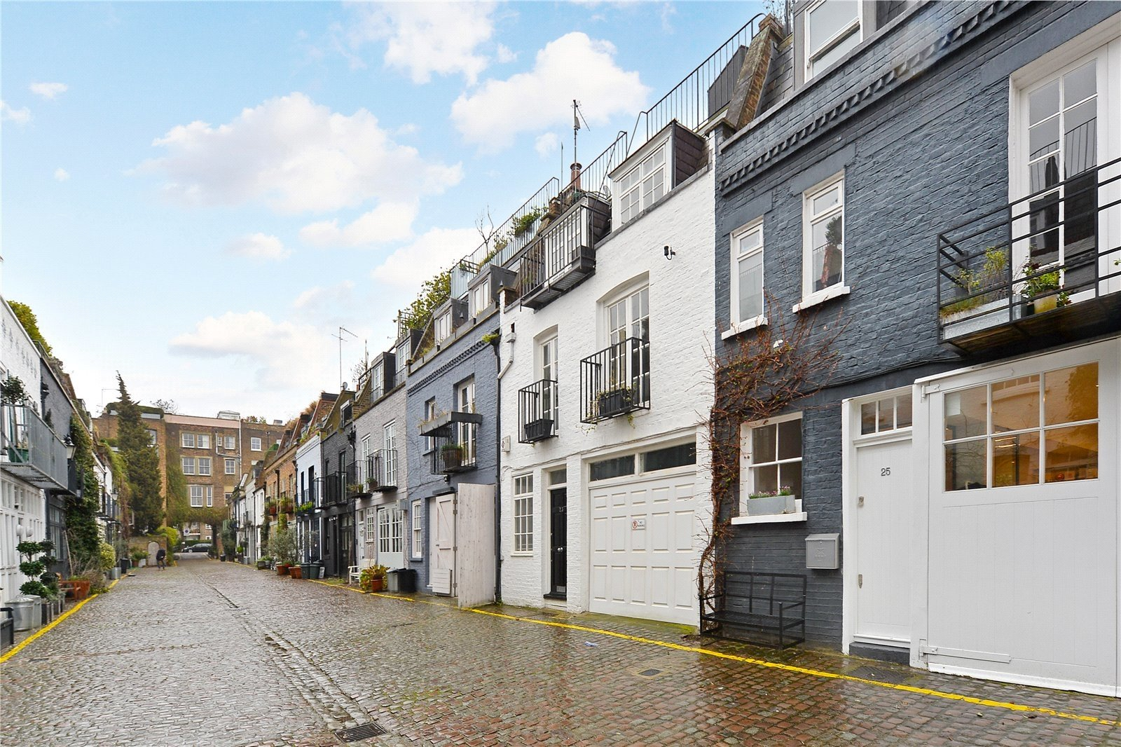 St. Lukes Mews, London, W11