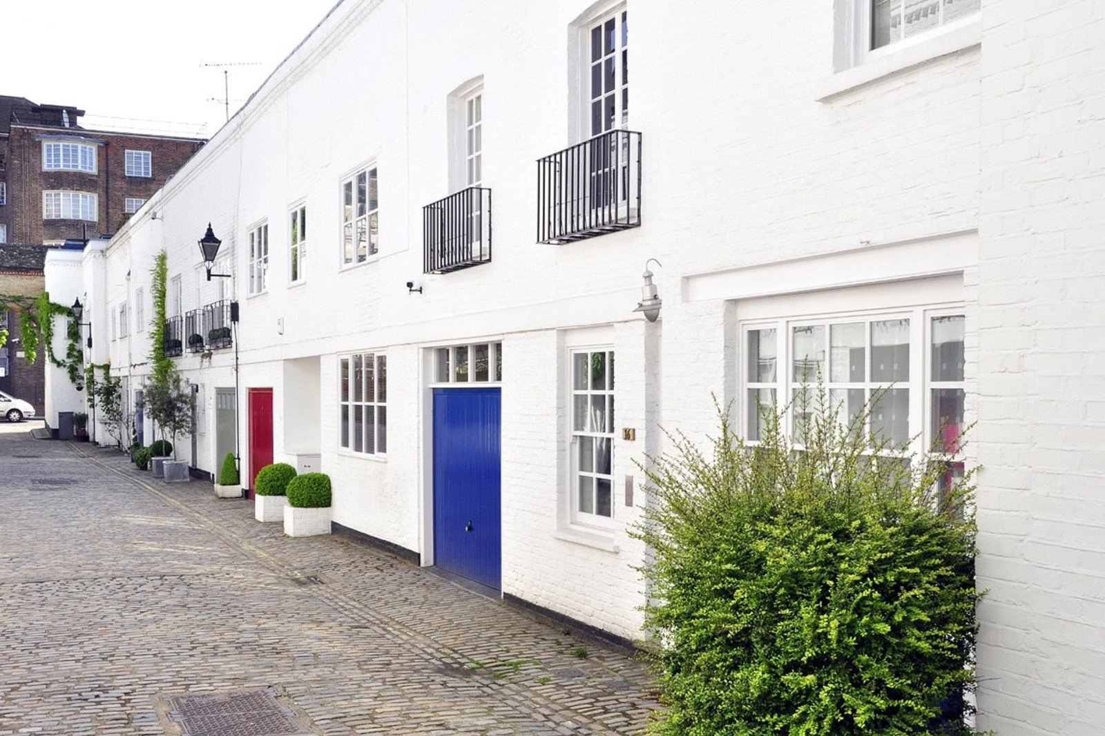 Elgin Mews South, Maida Vale, London, W9-1