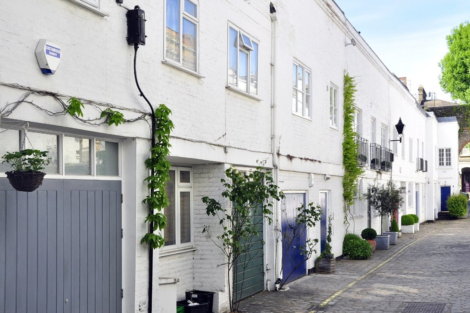 Elgin Mews South, Maida Vale, London, W9-2