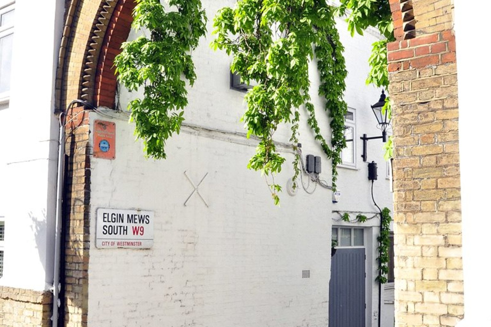 Elgin Mews South, Maida Vale, London, W9-4