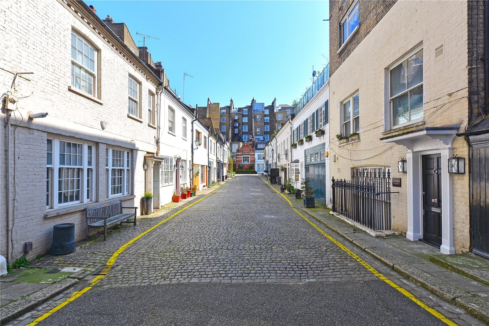 Elvaston Mews, Kensington, London, SW7