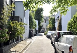 Albert Terrace Mews, Regents Park, London, NW1