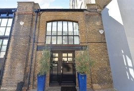 Mews House for sale in Barnaby Place, London