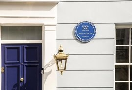 Mews House for sale in Burnsall Street, London