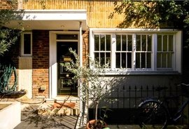 Mews House for sale in Caroline Place, London