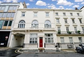 Mews Flat for sale in Chilworth Street, London