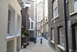 Clarges Mews, Mayfair, London, W1J