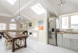 Mews House for sale in Conduit Mews, Paddington