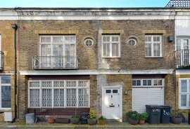 Mews Property for sale in Cornwall Mews South, London