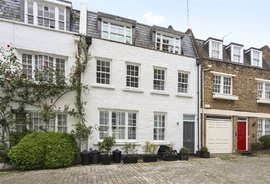 Mews Property for sale in Craven Hill Mews, Bayswater