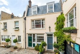 Mews House for sale in Groom Place, London