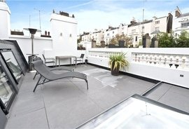 House for sale in Holland Park Mews, Holland Park