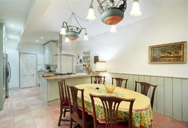 Mews House for sale in Holland Park Mews, London