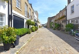 Mews House for sale in Hyde Park Gardens Mews, London