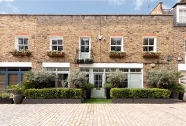 Mews House for sale in Junction Mews