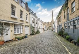 Mews House for sale in Leinster Mews, Bayswater