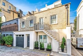 House for sale in Queensberry Mews West, London