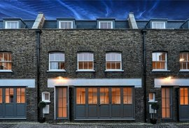 Mews House for sale in Rainsford Street, London