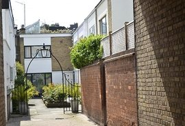 Red Anchor Close, Chelsea, London, SW3