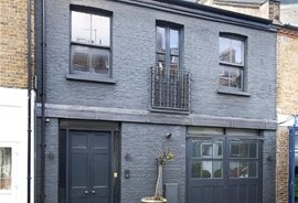 Mews House for sale in Russell Gardens Mews, Kensington