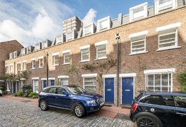 Mews House for sale in Shrewsbury Mews, Notting Hill