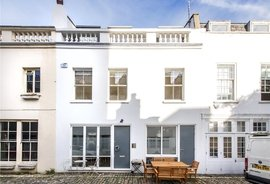 House for sale in Sussex Mews West, London