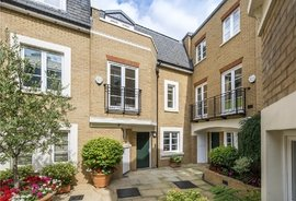 Mews House for sale in Vantage Place, Kensington