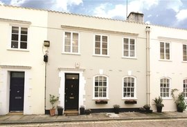 Mews House to rent in Archery Close, Lancaster Gate