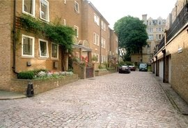Cambridge Terrace Mews, Regents Park, London, NW1