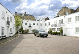 Campden House Close, Kensington, London, W8