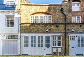Mews House to rent in Colbeck Mews, London