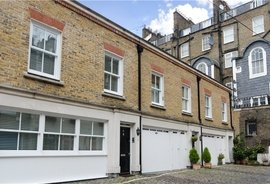 House to rent in Conduit Mews, Hyde Park Estate