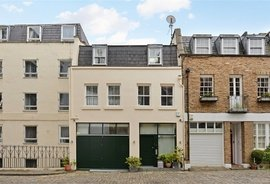 Mews House to rent in Craven Hill Mews, London