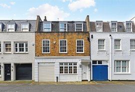 Mews House to rent in Eastbourne Mews, London