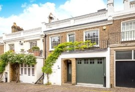 Mews House to rent in Holland Park Mews, Holland Park