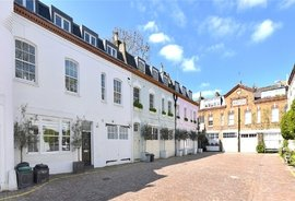 Mews Property to rent in Horbury Mews, Notting Hill