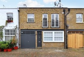 House to rent in Hyde Park Gardens Mews, London