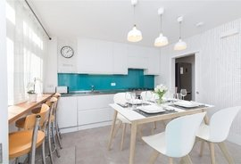 Mews House to rent in Junction Mews, Paddington