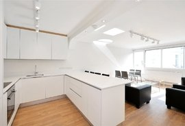 Mews Flat to rent in Kensington Park Road, Notting Hill