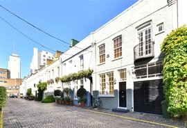 House to rent in Princes Gate Mews, South Kensington